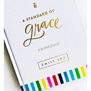 A Standard of Grace: Guided Journal NWT
